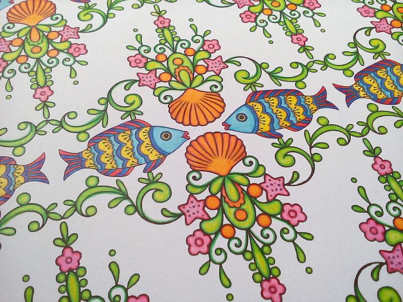 ダイソー 癒しの塗り絵マリンライフ7ページ 完成